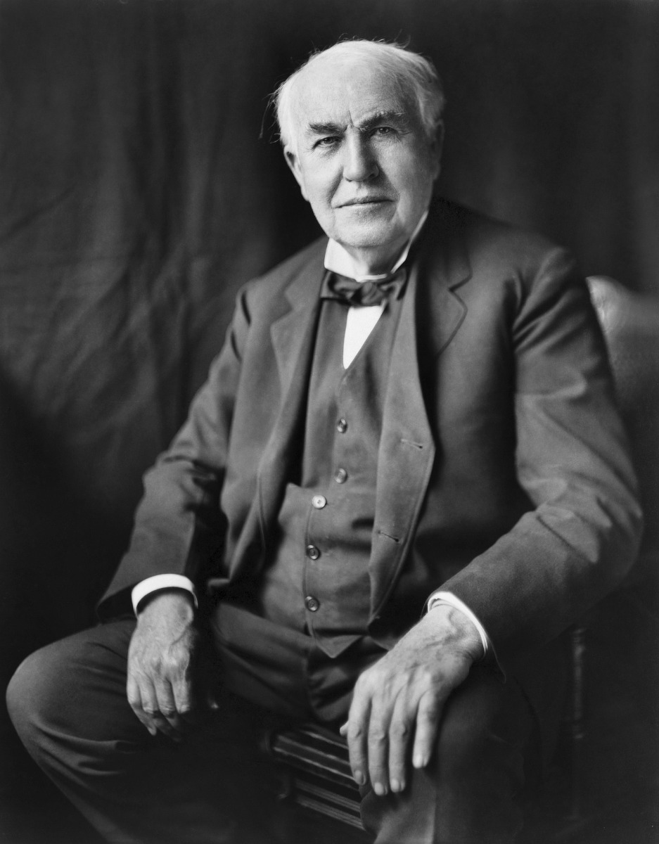 First power plant ever open was by Thomas Edison